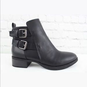 Old Navy Ankle Boot Black Side Zip Double Buckle